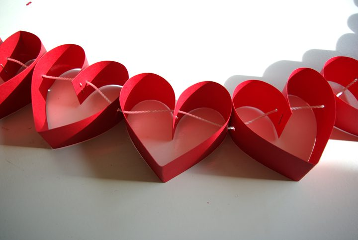 HeartGarland12